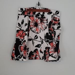 Light floral patterned fit and flare skirt size 14